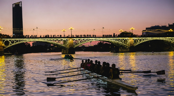 regata nocturna triana
