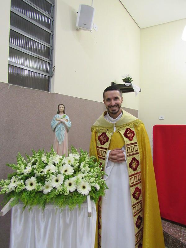 Fieis celebram a memória litúrgica da Virgem Maria Goretti