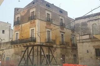 Noicattaro. palazzo colella front