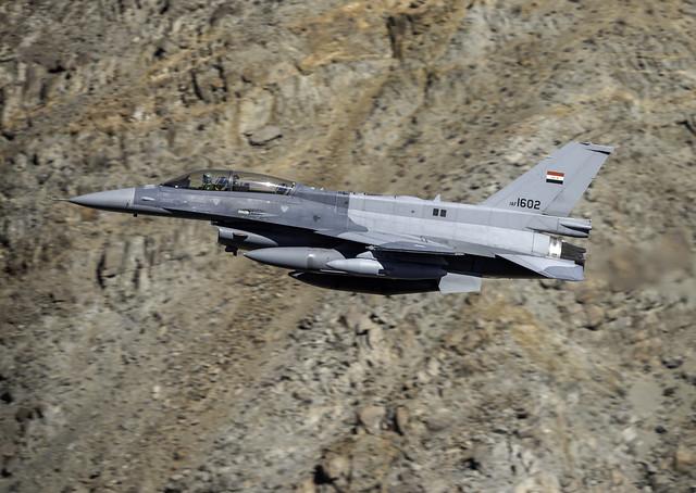 LM F-16Di Fighting Falcon, Nikon D810, AF-S VR Nikkor 400mm f/2.8G ED