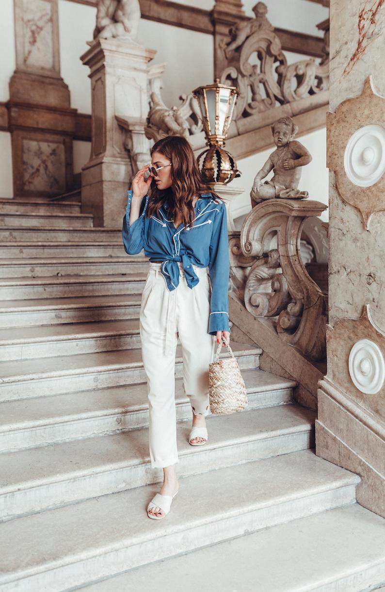 Schloss_Mirabell_Vintage_Blouse
