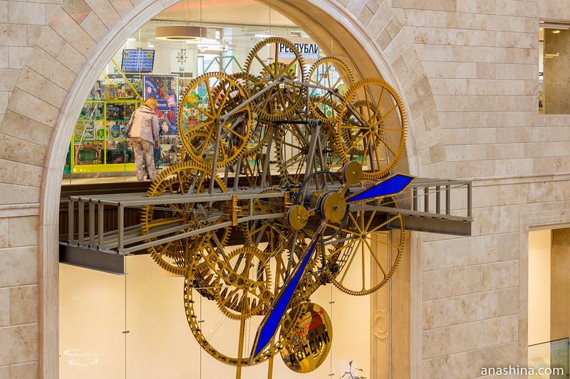 Часовой механизм, Центральный детский магазин на Лубянке
