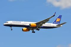 TF-FIP Icelandair Boeing 757-200 EGKK 13/6/18