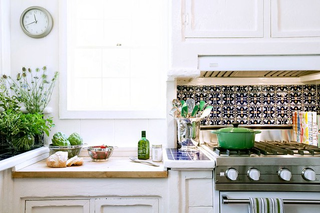 10 Ways To Design Your Kitchen To Make A Lovely First Impression