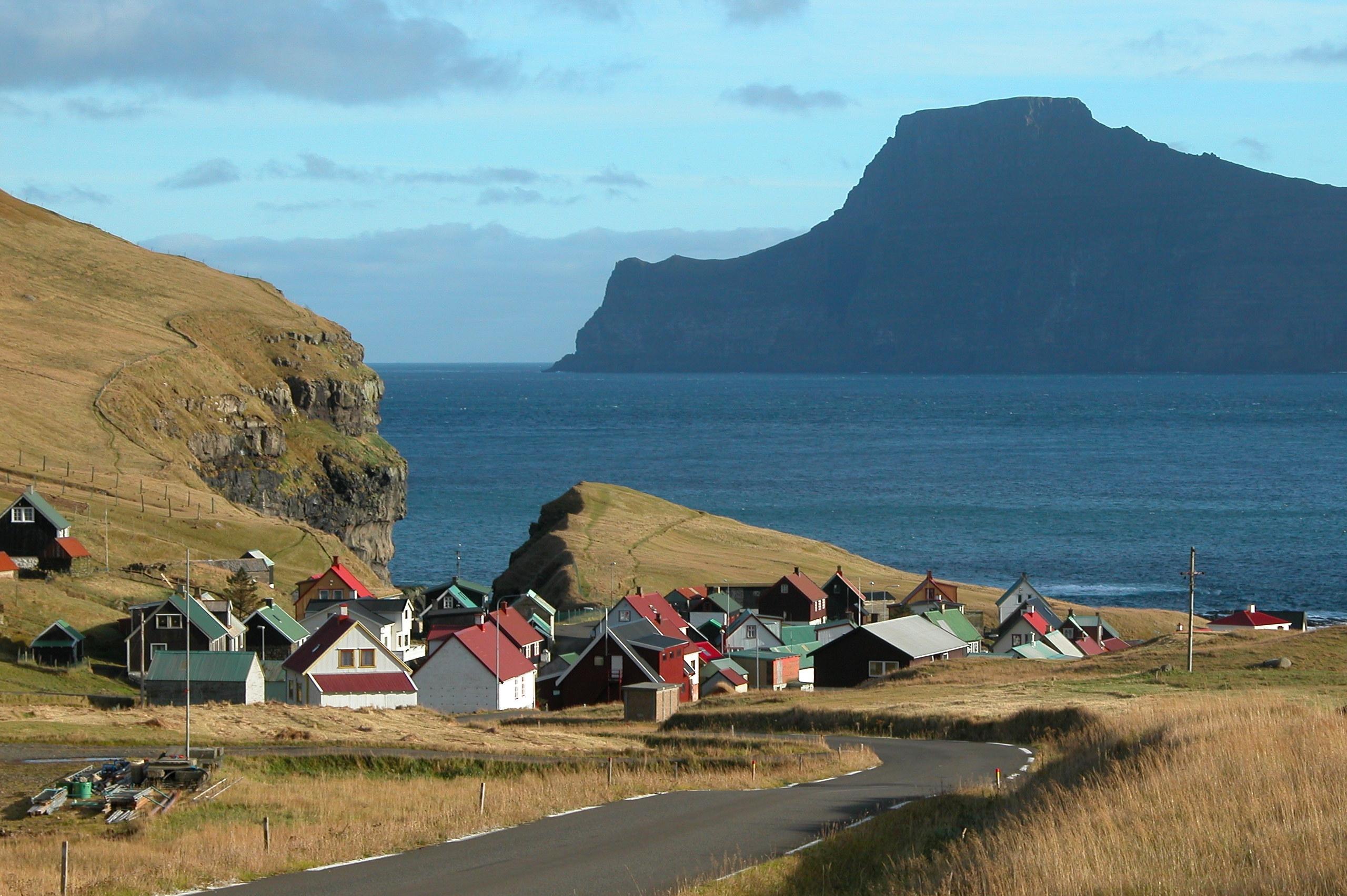 Gjógv on Eysturoy, Faroe Islands. Photo taken in May 2002.