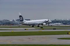 Alaska Airlines Boeing 737-990(ER)(WL) N423AS