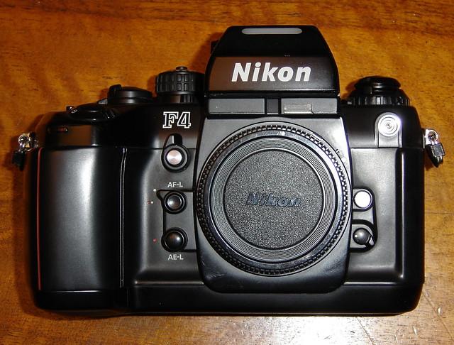 Nikon F4, Sony DSC-P93A