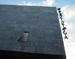 Biblioteca Ramon Bordas i Estragués -  Castelló d'Empúries