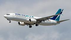 Boeing 737-8CT(WL) C-FUMF WestJet
