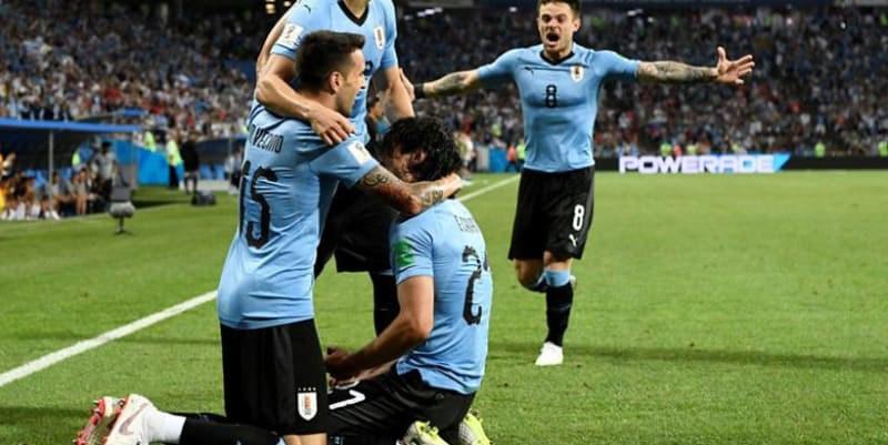 Luis Suarez dan Edinson Cavani Sudah Buktikan Menjadi Duet Maut di Timnas Uruguay