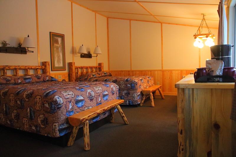 IMG_1039 Canyon Lodge Western Cabin