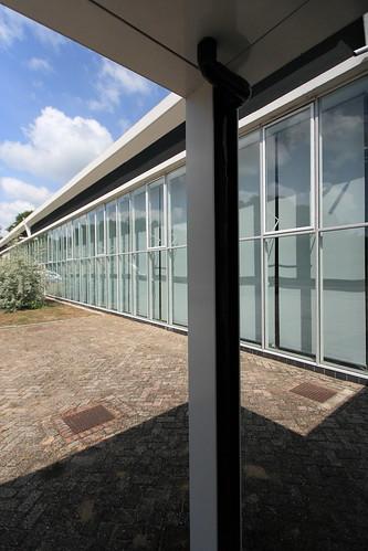 IMG_9634 De Ploeg factory by Gerrit Rietveld