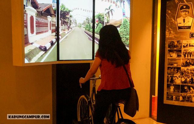 museum diorama purwakarta naik sepeda virtual - kadungcampur