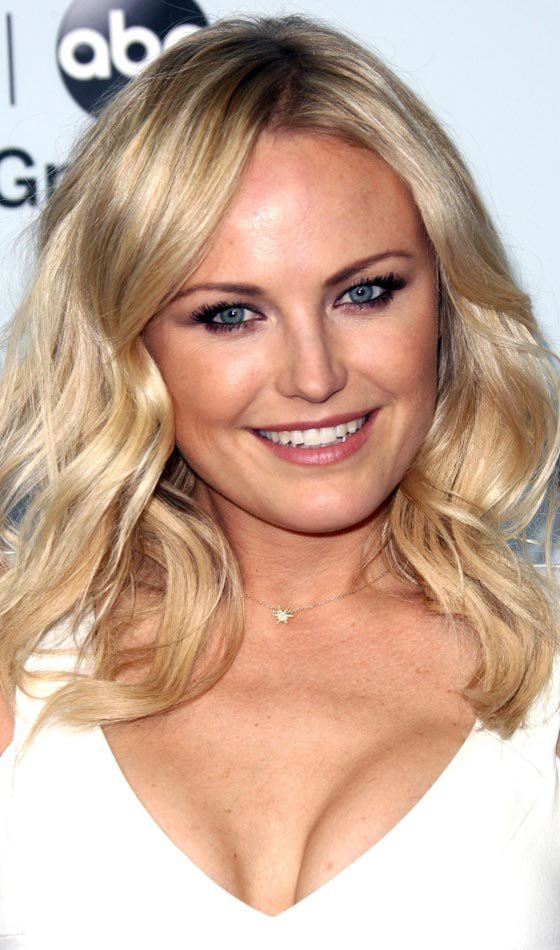 Medium Cut Hairstyles For Pretty Women-Use every day a new style 6