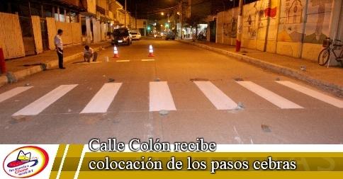 Calle Colón recibe colocación de los pasos cebras