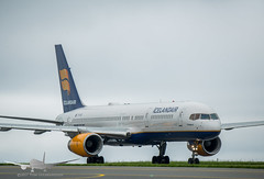 Icelandair - TF-ISY - B757-200