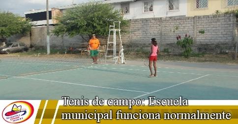 Tenis de campo: Escuela municipal funciona normalmente