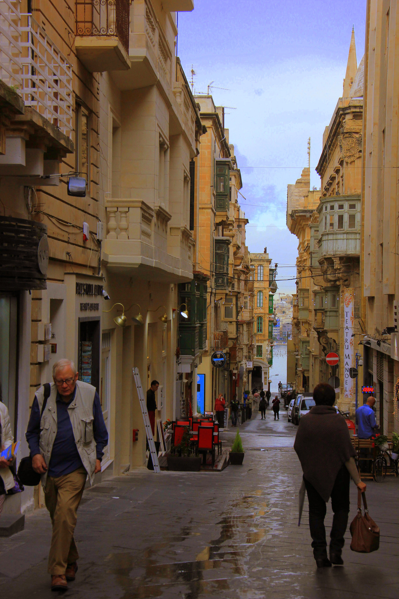 Valletta has a city full of baroque buildings