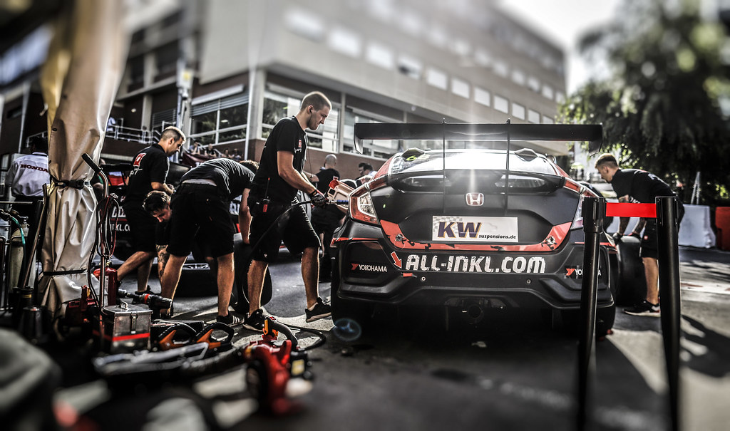 mecaniciens mechanics during the 2018 FIA WTCR World Touring Car cup of Portugal, Vila Real from june 22 to 24 - Photo Francois Flamand / DPPI