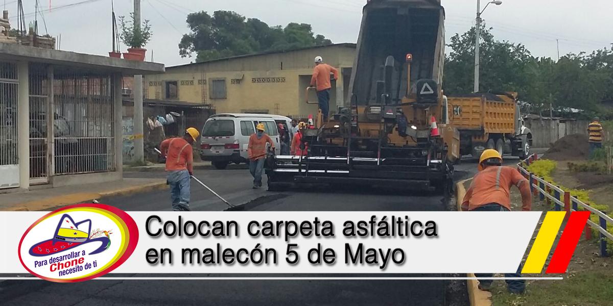 Colocan carpeta asfáltica en malecón 5 de Mayo