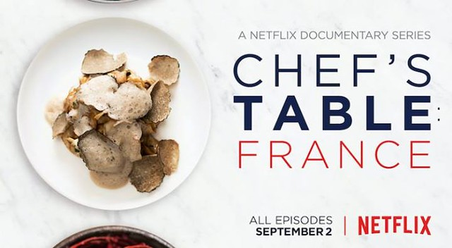 【手帖365】《主廚的餐桌》紀錄片 這部Netflix的原創紀錄片,目前應該出到第四季,一開始是因為看了怡蘭的這篇《蔬菜的境界》,提到了很傳奇的Alain Passard,不禁想看看到底一度只決定用蔬菜來挑戰法國菜的主廚以及他所擁有的L'Arpege 餐廳 是什麼樣子,一看就欲罷不能直接一口氣追了兩集,整體的剪接流暢,畫面精緻優美,人物訪談自然不刻意,中文翻譯也很動人。對了,看完我非常想吃大量的蔬菜(笑)! →怡蘭的《蔬菜的境界》:https://goo.gl/JiMtvZ #生活手帖365 →看其他生活