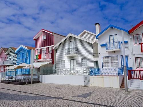 Las famosas casas de colores de Costa Nova, Aveiro. #costanova #aveiro #Portugal #olympus #olympusomd