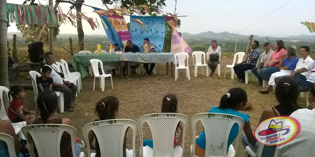 Entrega de personería jurídica en sitio El Cerrito de Los Mates de la parroquia Canuto