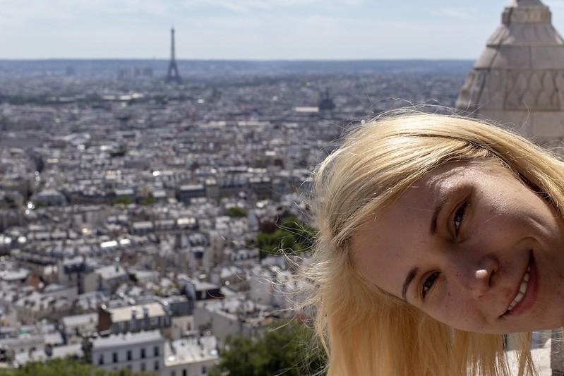 Da ist der Eiffelturm.