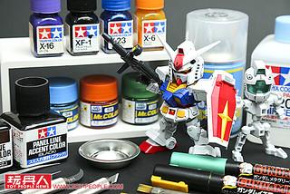 變化莫測!  SDCS「RX-78-2 鋼彈& CS骨架組」開箱補色製作 !