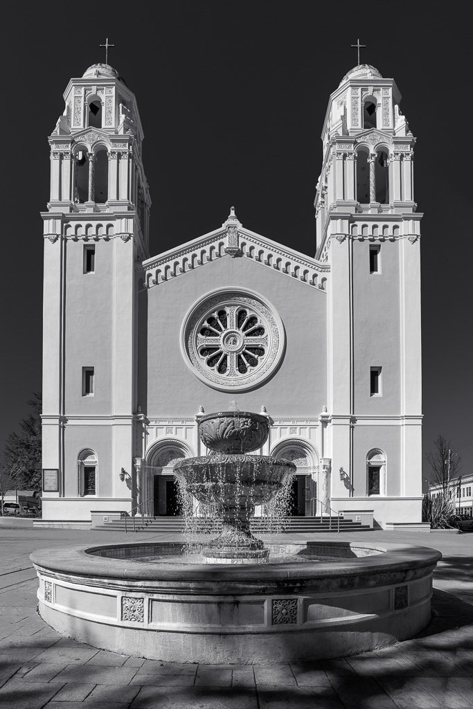 20180305_Church_and_fountain_001