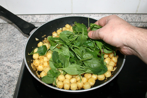 31 - Blattspinat addieren / Add leaf spinach