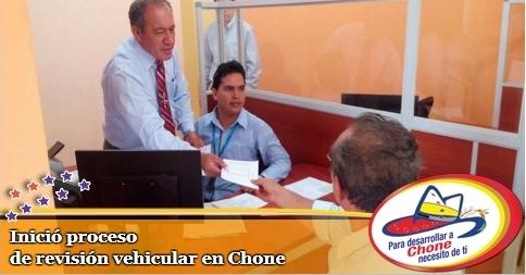 Inició proceso de revisión vehicular en Chone