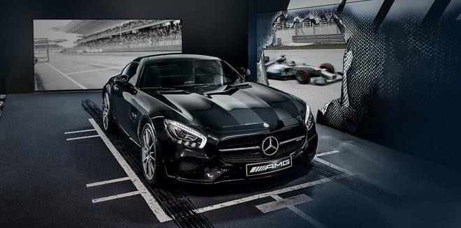 「Mercedes-AMG雙人極限F1性能之旅」提供尊榮體驗,並讓車主親臨現場感受最激昂的F1賽況