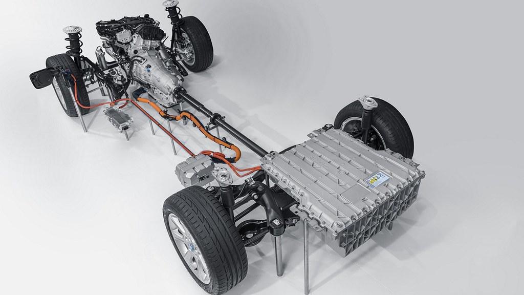 BMW 330e presmetka 27
