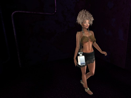MOoH! Delilah Outfit @ The Avenue