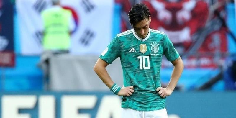 Mesut Oezil Sudah Umumkan Untuk Pensiun Dari Timnas Jerman