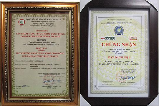 pbvsk Ích Tâm Khang nhận giải thưởng vàng vì sức khỏe cộng đồng và chứng nhận danh hiệu top 100 sản phẩm tốt nhất