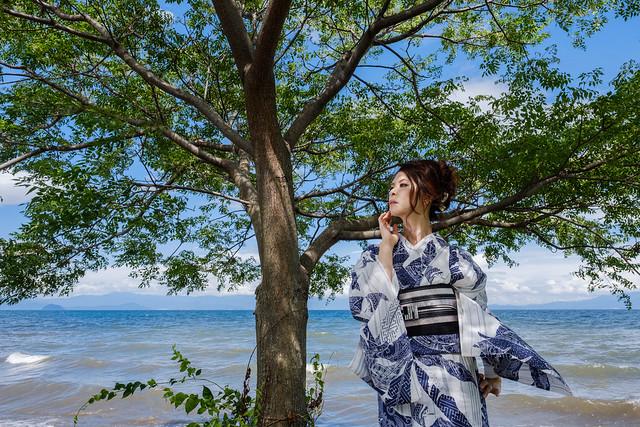 Portrait on the lakeside, Fujifilm X-T2, XF16mmF1.4 R WR