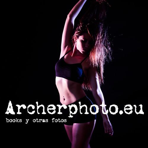 ArcherPhoto, professional photographer posted a photo:Mariana Uscanga en el estudio. Imagen:  Archerphoto, fotógrafo profesional en Valencia.Instagram: instagram.com/archerphotoinstagram.com/archerphoto2
