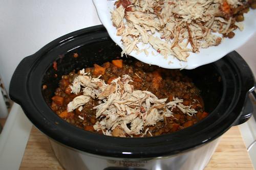 45 - Zerkleinertes Hähnchen hinzu geben / Add shredded chicken