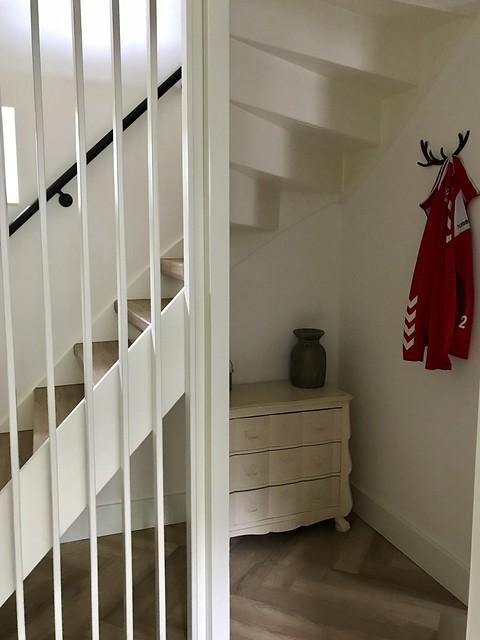 Buikkastje onder de trap
