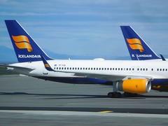 FI 757-256 TF-FIK Bláfjall