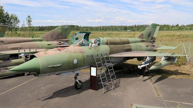 MG-127
