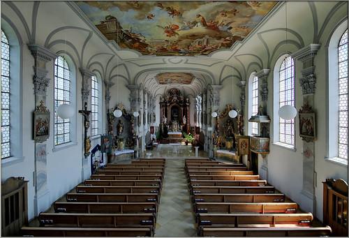 Ettringen  – Pfarrkirche St. Martin und St. Nikolaus/parish church St. Martin and St. Nikolaus