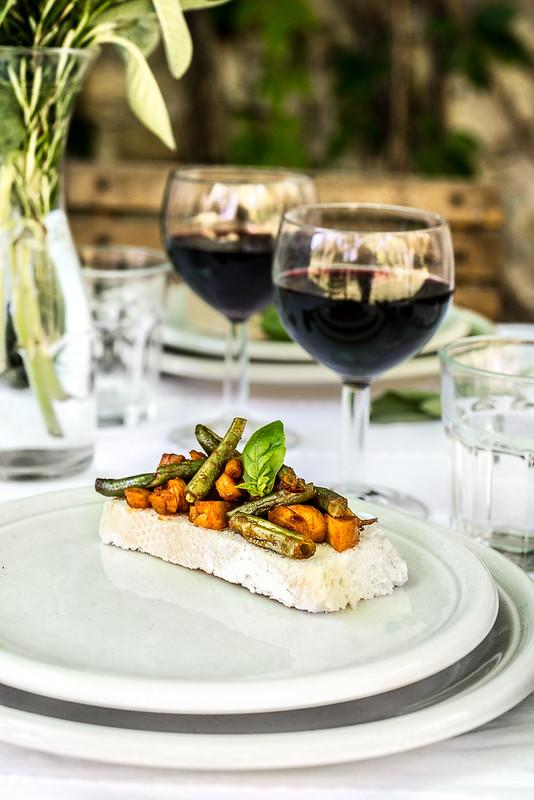 Pranzo nell'orto: Bruschetta con verdure