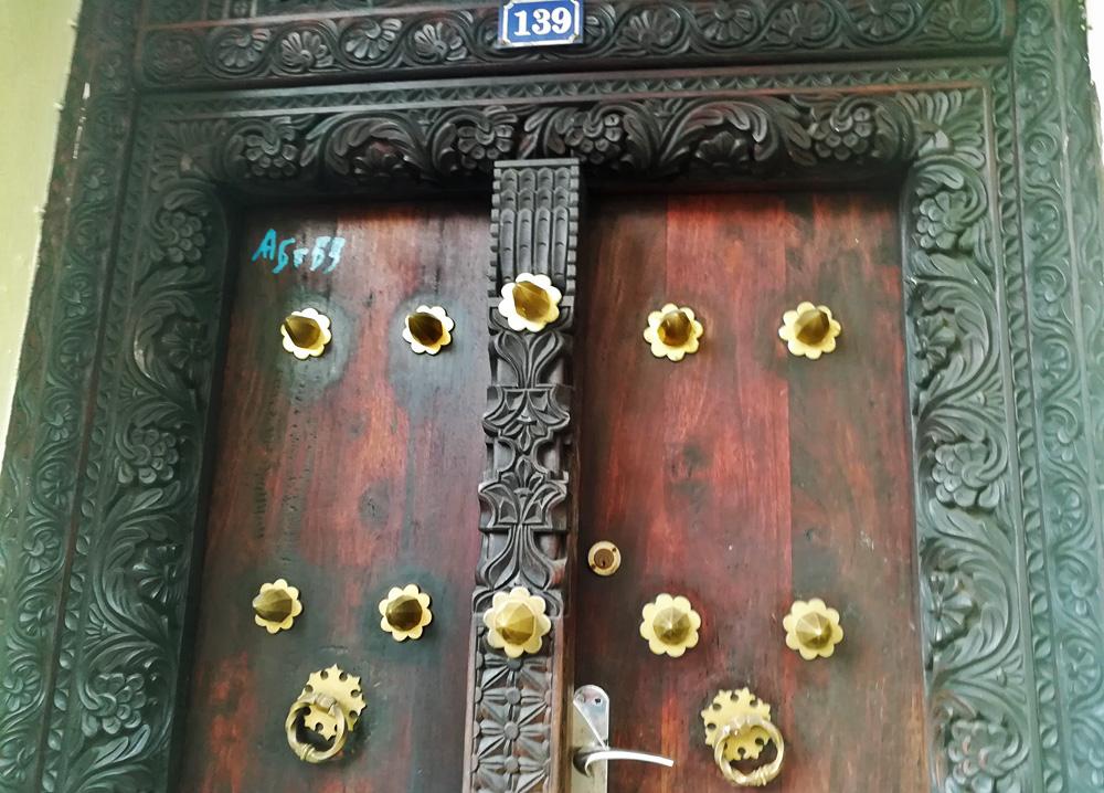 zanzibar-mercury-front-door