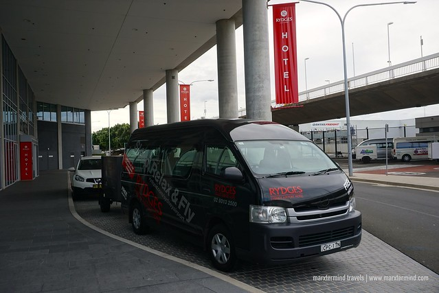 Airport Shuttle of Rydges Sydney Airport Hotel