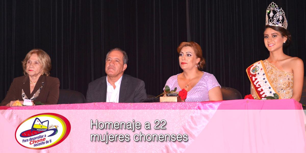 Homenaje a 22 mujeres chonenses