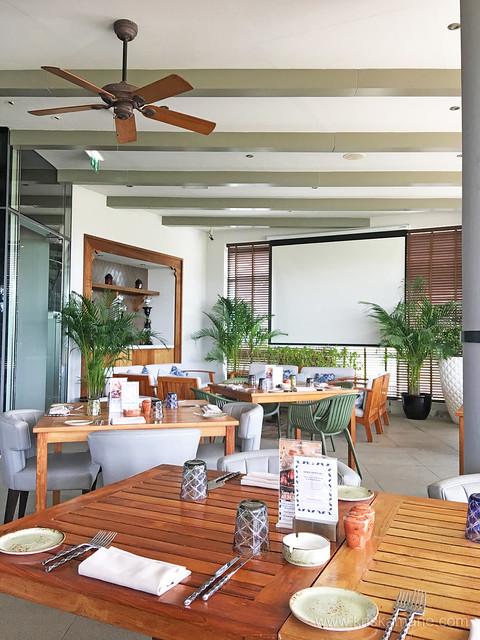 Al Maeda Restaurant - Interiors 5