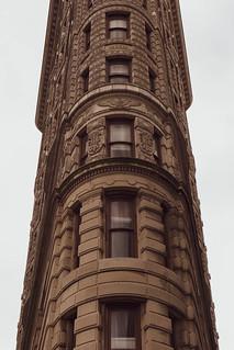 Obrázek Flatiron Building. flatironbuilding buildings architecture flatiron nyc manhattan 23rdst 5thave broadway danielburnham madisonsquare summer newyorkcity newyork